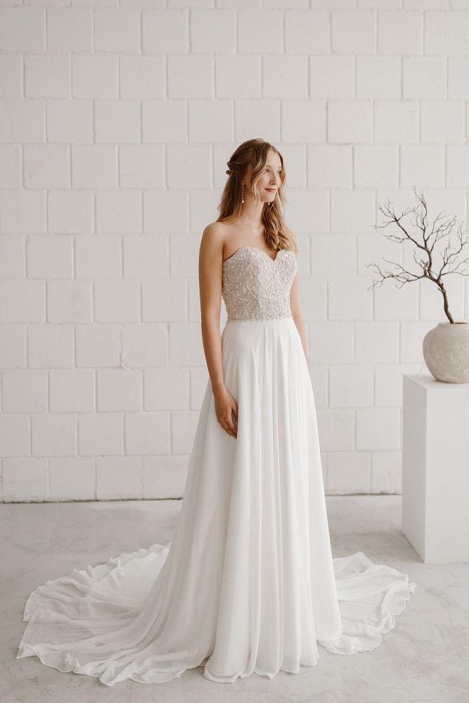 Bild 1 des Brautkleides maleika – bridal couture - Audrey