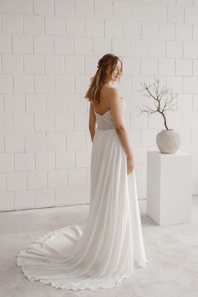Bild 2 des Brautkleides maleika – bridal couture - Audrey
