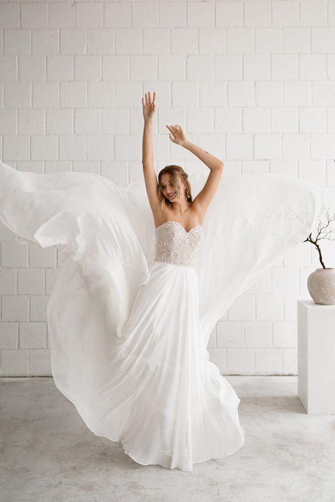 Bild 3 des Brautkleid maleika – bridal couture - Audrey