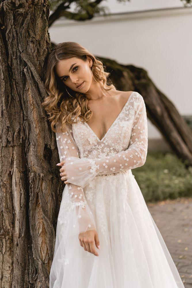 Bild 3 des Brautkleid Melrosé Bridal - Christina