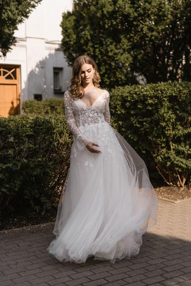 Bild 4 des Brautkleid Melrosé Bridal - Christina