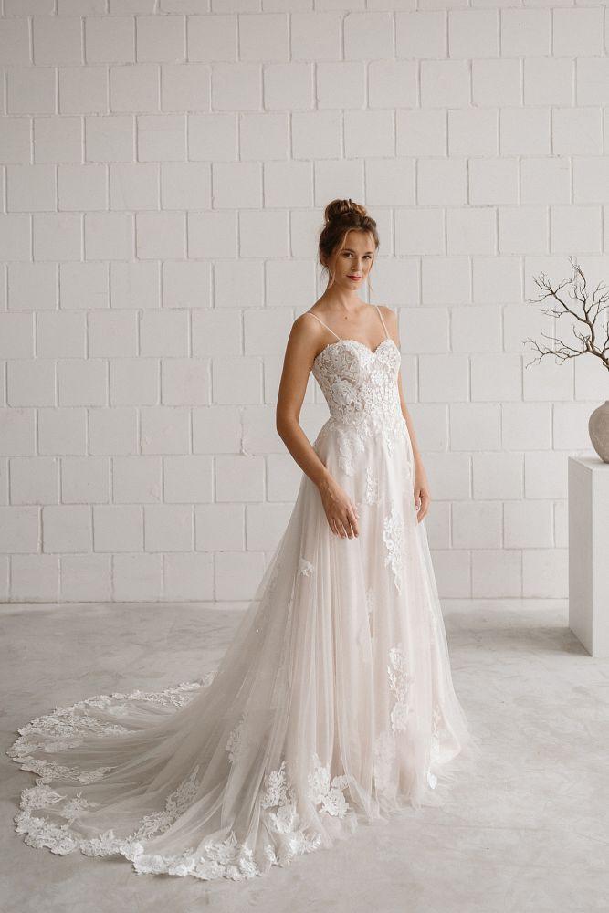 Bild 1 des Brautkleides maleika – bridal couture - Coco