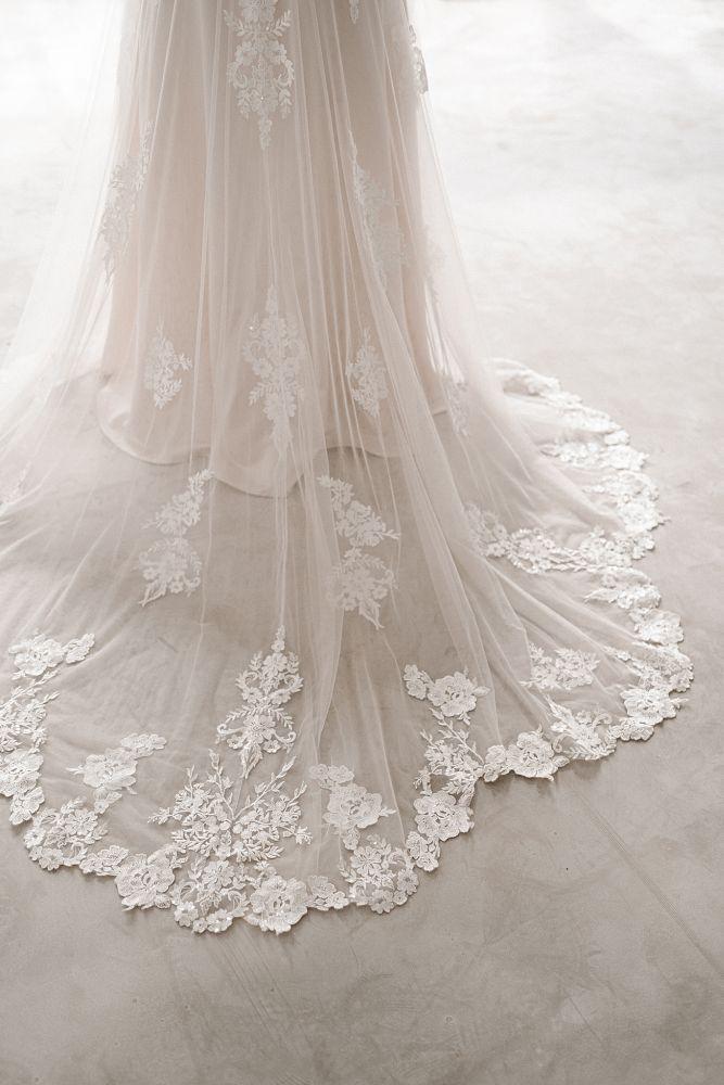 Bild 4 des Brautkleid maleika – bridal couture - Coco
