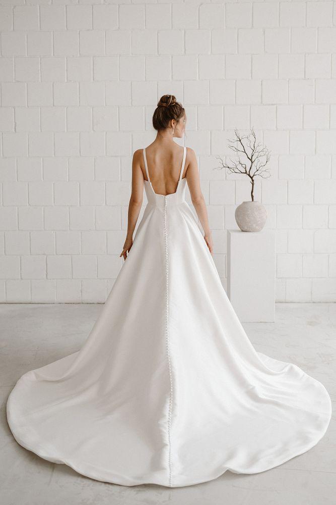 Bild 2 des Brautkleides maleika – bridal couture - Jackie