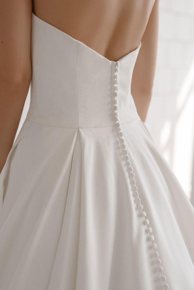 Bild 3 des Brautkleid maleika – bridal couture - Marlene