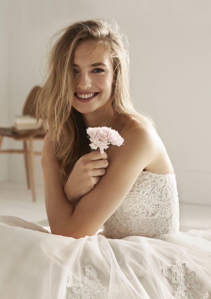 Bild 4 des Brautkleid White One | Pronovias - Ordizia