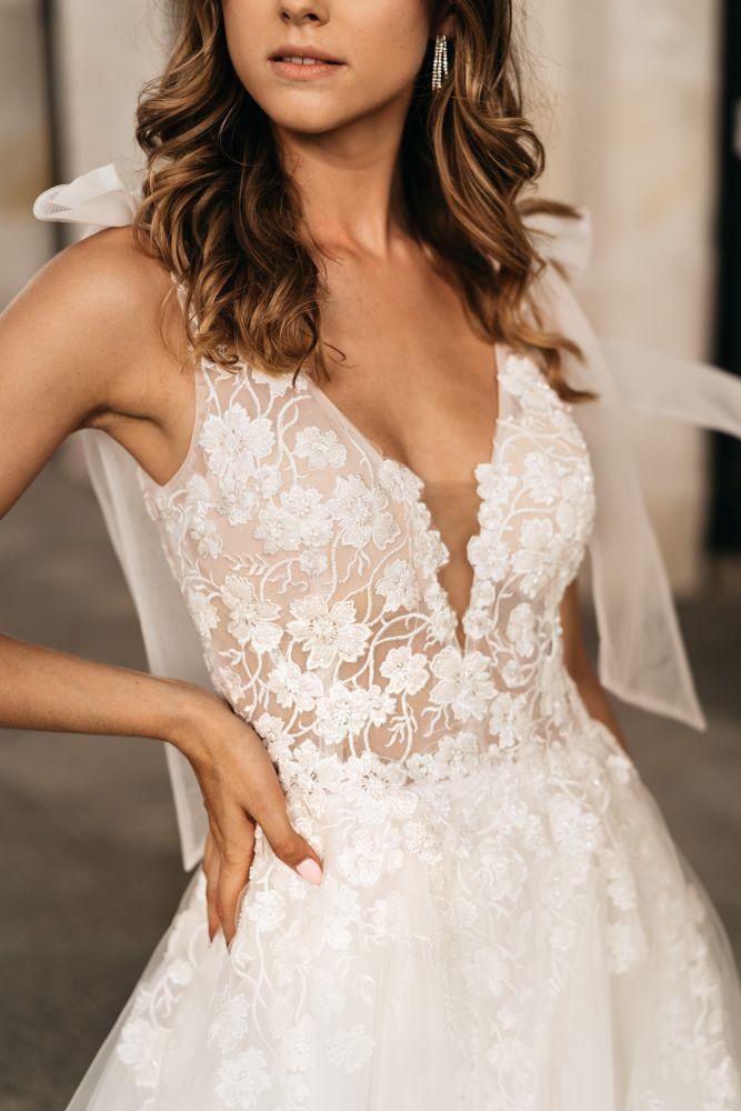 Bild 3 des Brautkleid Melrosé Bridal - Sophie
